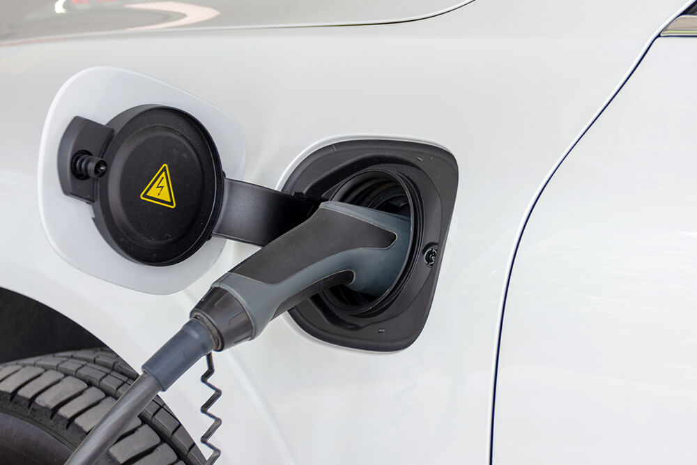how-do-hybrid-cars-differ-from-electric-cars